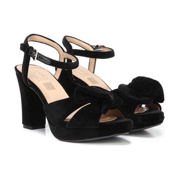 eb7225ef4ba0 Naturalizer Adelle Velvet Bow Stack Heels Sandals.  M 5b54ea7a8158b5fd8517876d